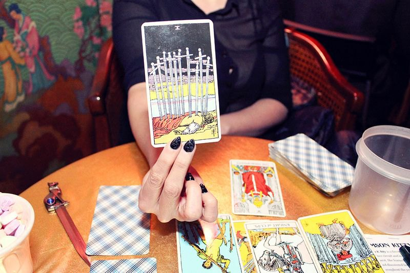 How To Lose Tarot Reading In Six Days